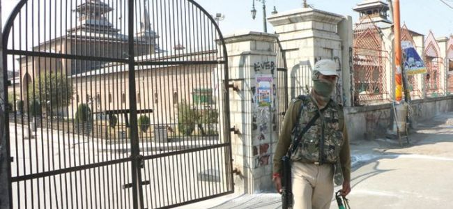 Low-key Eid celebrations in Kashmir due to Covid-related restrictions