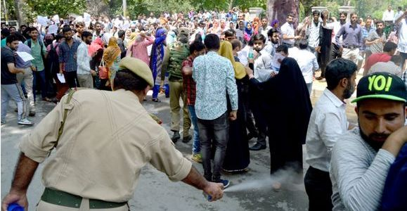 Police foil contractual employees' march towards Raj Bhawan