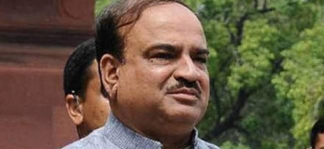 Union Minister Ananth Kumar dies