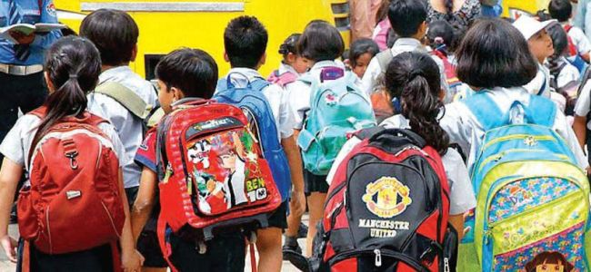 Kids toil: Govt fails to suggest measures on reducing weight of school bags