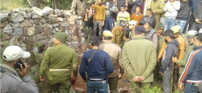 Couple kills youth in Rajouri, dumps body in a field