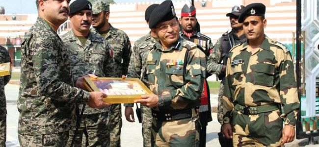 Diwali turns relation sugary as India, Pakistan troops exchange sweets