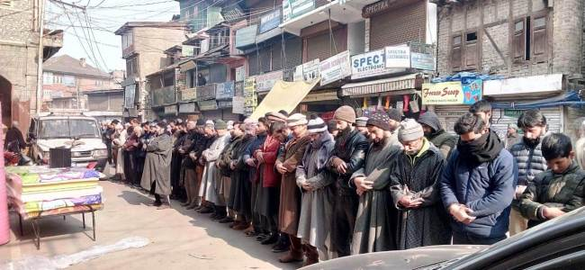 Tral killings: JRL holds funeral prayers in absentia