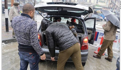 Police checkpoints along Jammu-Pathankot highway alerted after carjacking