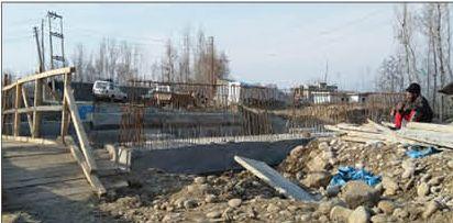 14 years on vital Dogripora-Awantipora bridge awaits completion