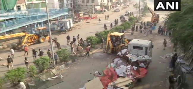 Police vacate protesters at Shaheen Bagh amid coronavirus outbreak