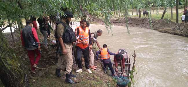 One killed, others missing after cloudburst triggers flash flood in Rafiabad village