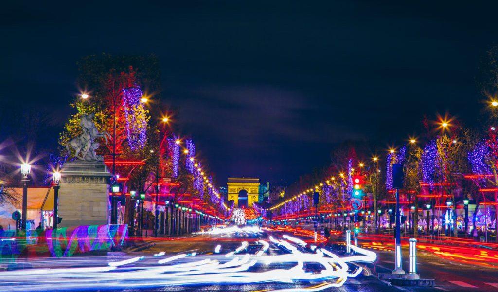 grudzien w paryzu