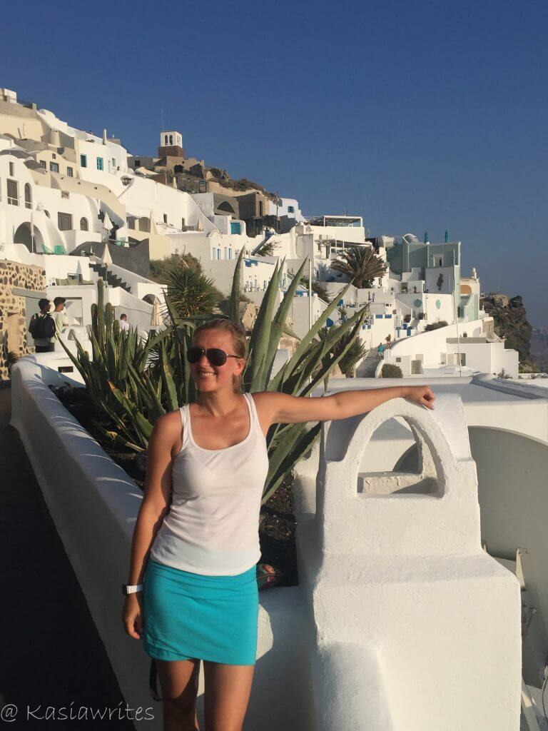 Mykonos or Santorini? What you need to know   kasiawrites cultural travel