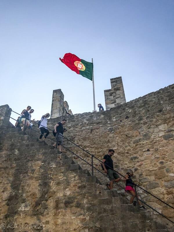 Visiting Lisbon's Castelo de Sao Jorge | kasiawrites