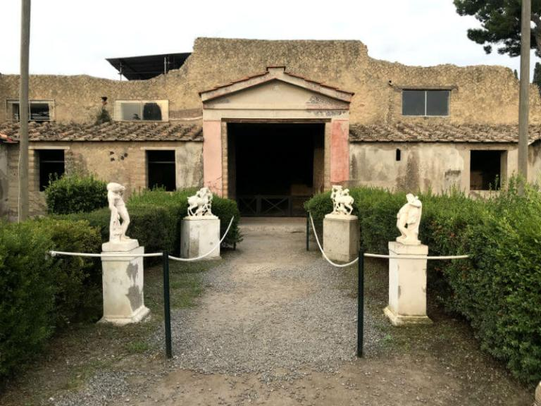 Ostia Antica and Herculaneum: great alternatives to Pompeii for Roman ruins in Italy   kasiawrites