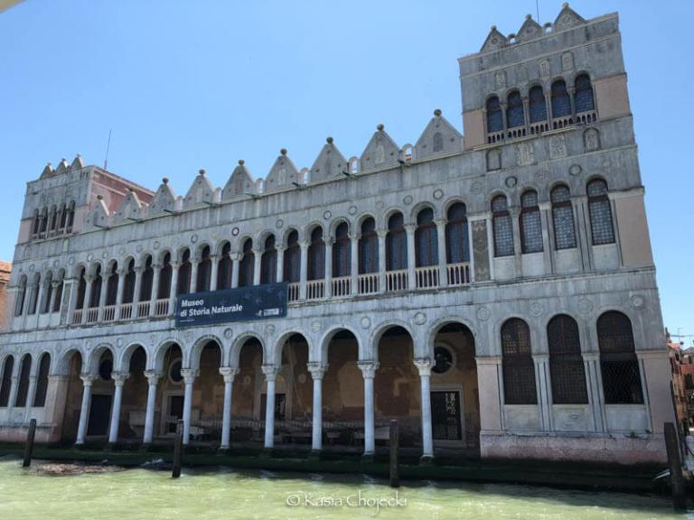 palazzo with two level of arches and columns in Venice