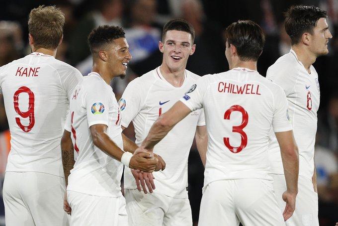 England 5 - 1 Kosovo