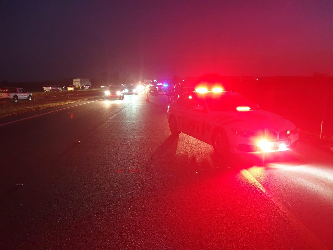 Pedestrian killed on N1 Kameeldrift