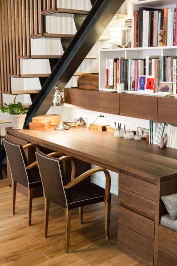 table en bois chene massif, faite sur mesure pour un appartement a Paris