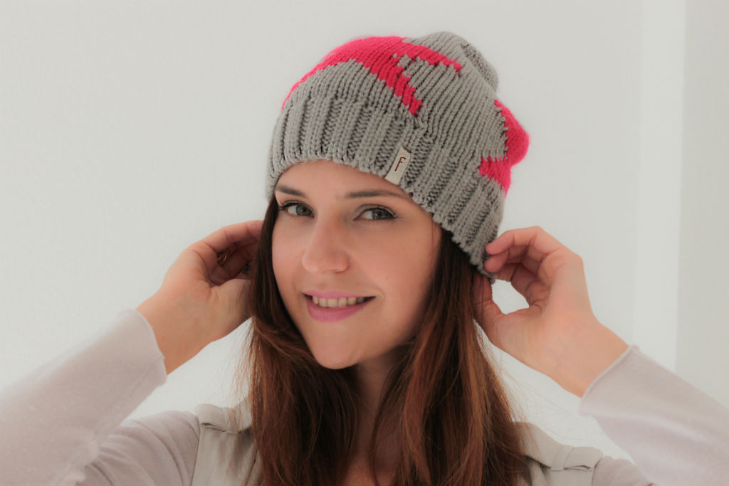 Freakyheads_winter_beanies_katcherry_01