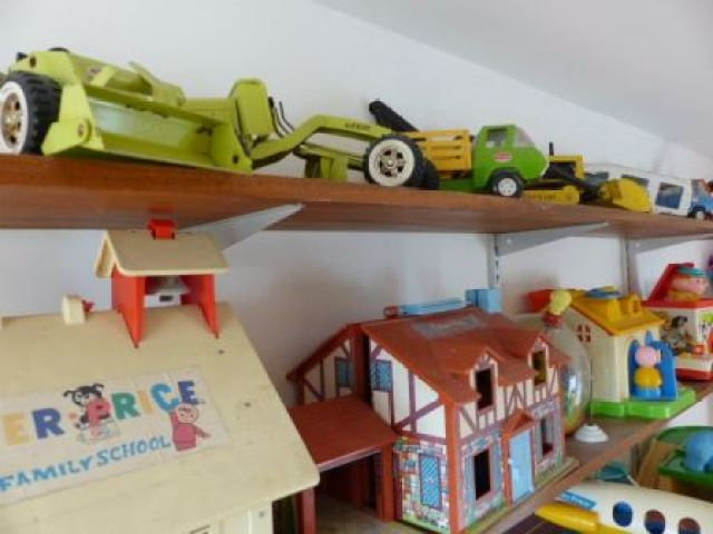 vintage retro kids childrens playroom by Kate Beavis