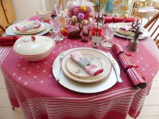 A vintage christmas dinner table by Kate Beavis
