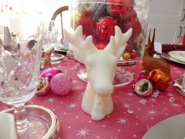 A vintage christmas dinner table by Kate Beavis