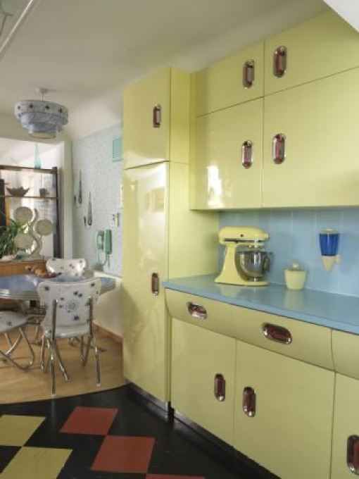 Vintage English Rose Kitchen 1950s from Style Your Modern Vintage Home by Kate Beavis photo by Simon Whitmore