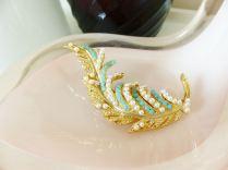 Vintage brooch from kate Beavis