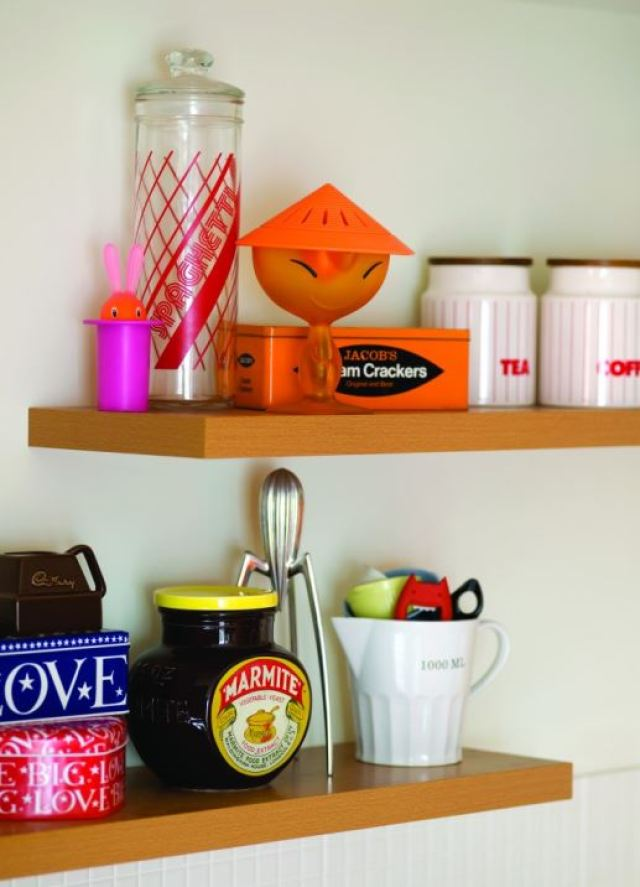 Vintage Kitchen Brands 1980s vintage retro kitchen by Kate Beavis Vintage Home (photo by Simon Whitmore for FW Media)
