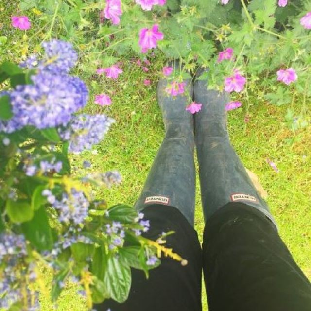 Hunter wellies worn by kate Beavis