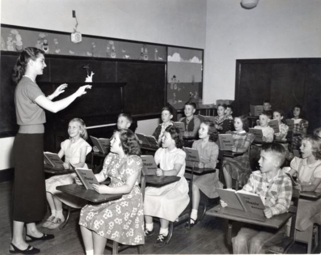 Vintge 1950s teaching photo as featured on kate Beavis Vintage Home blog