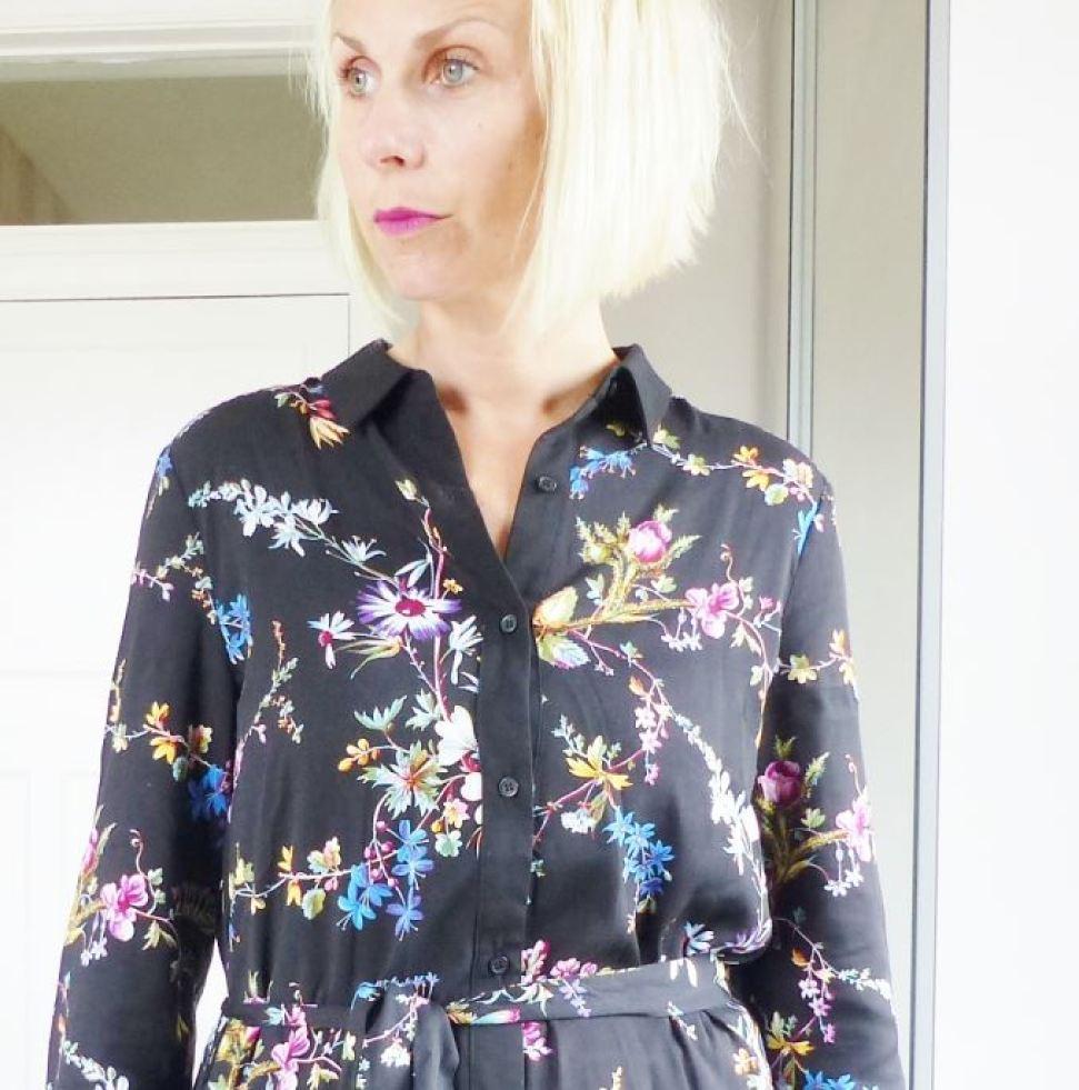 Vintage V&A design at Oasis as featured on Kate Beavis blog