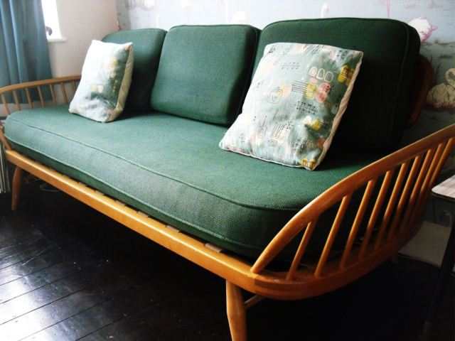 Vintage Ercol studio couch day bed as featured on Kate Beavis Vintage Home blog