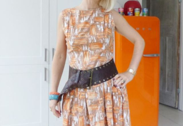 Vintage 1950s cotton day dress as featured on Kate Beavis Vintage Home blog