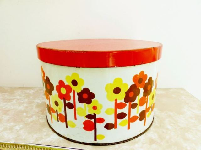 Vintage flower tin as featured on Kate Beavis Vintage Home blog