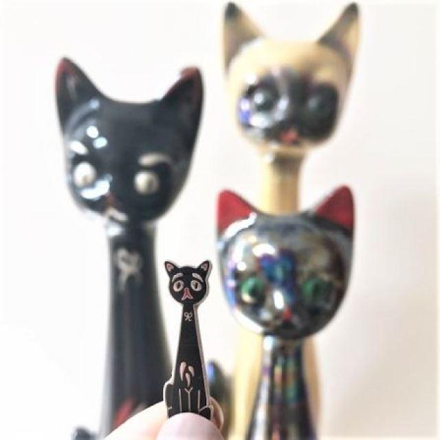 Vintage Pin Club Cat Pin by Kate Beavis
