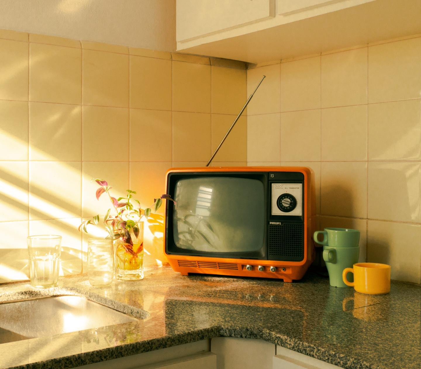 How To Choose A Modern Smart TV For Your Vintage Home - orange tv