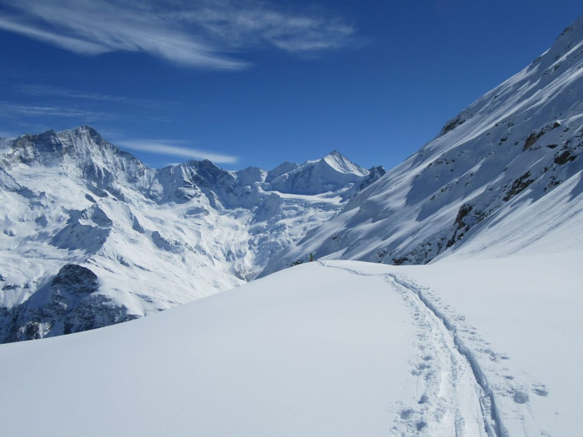 Yoga Teacher Training Ski Touring Zermatt