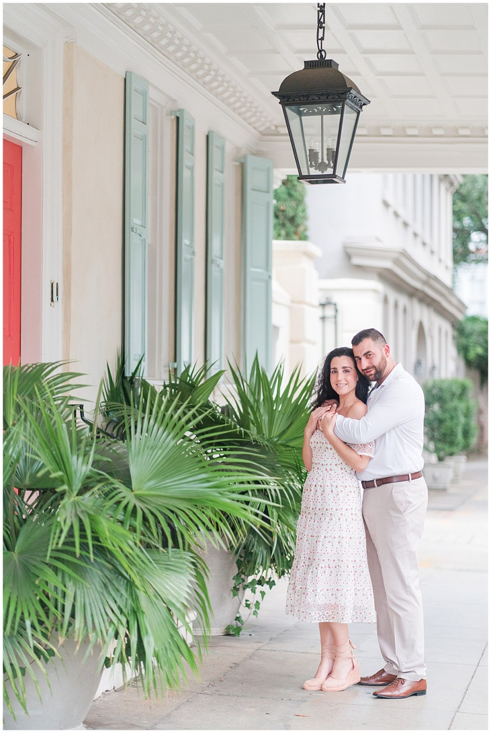 Outdoor Downtown Charleston Engagement Session_0012.jpg