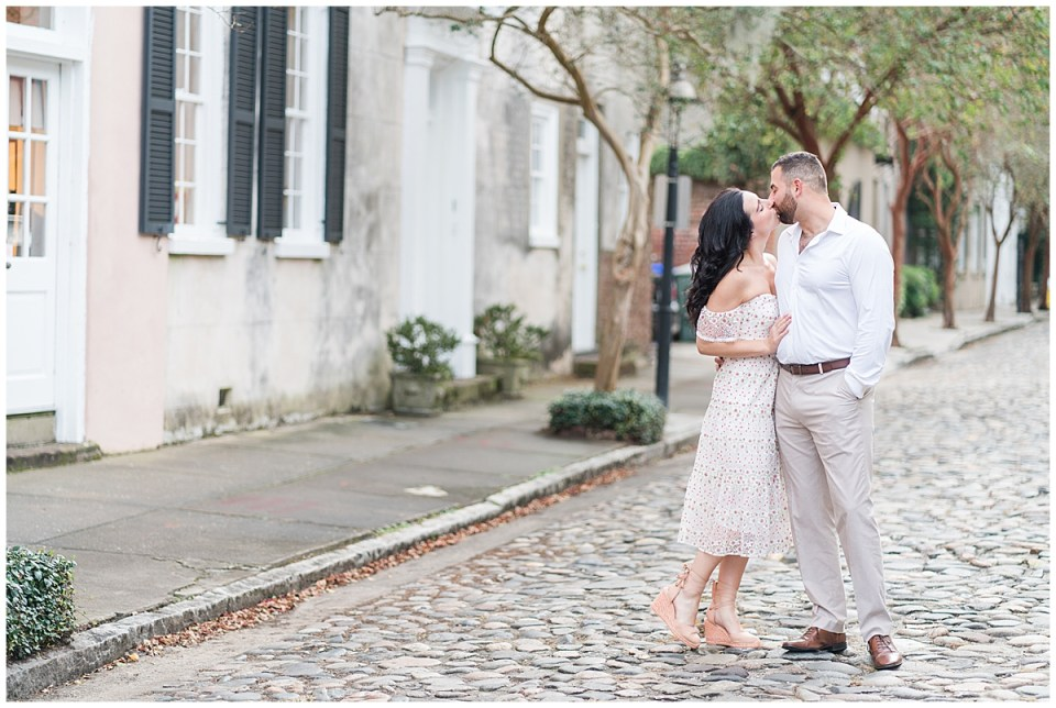 Outdoor Downtown Charleston Engagement Session_0014.jpg