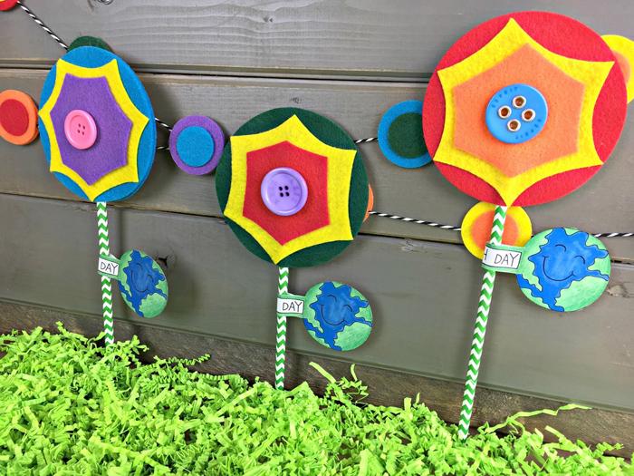 Earth Day Kids Crafts project by Male Kindergarten Teacher | Kate Hadfield Designs
