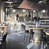Restaurant ambiance industrielle