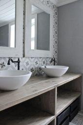 Salle de bain ambiance graphique