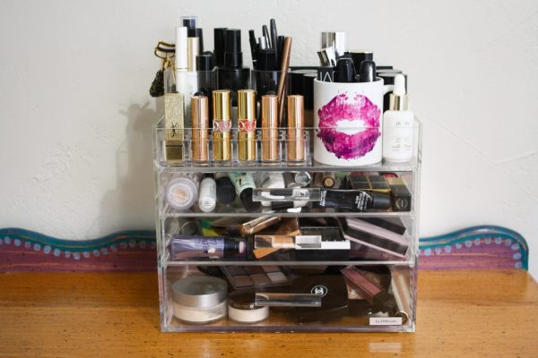 HOW I STORE MY MAKEUP FT. GLAMBOXES | Kate Loves Makeup