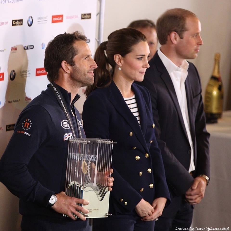 Duchess of Cambridge in black ME+EM stripe top