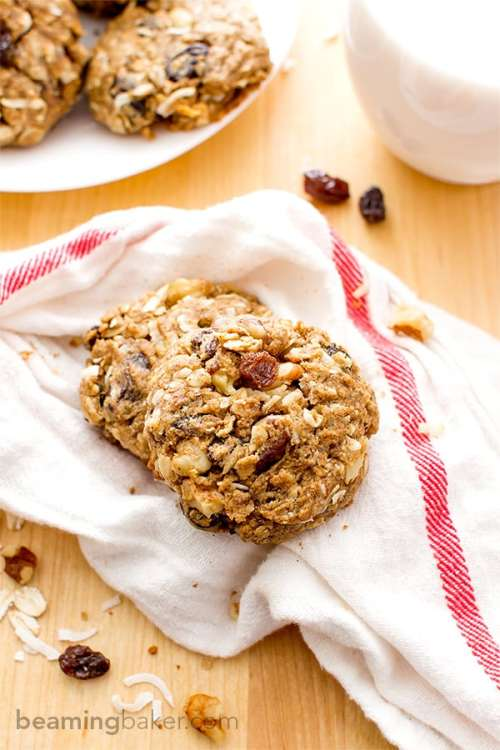 Cinnamon Walnut Raisin Breakfast Cookies 1
