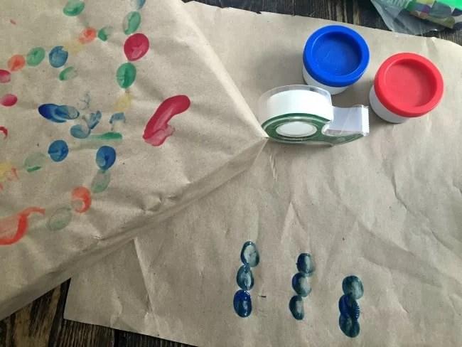 fingerpainting-gift-wrap