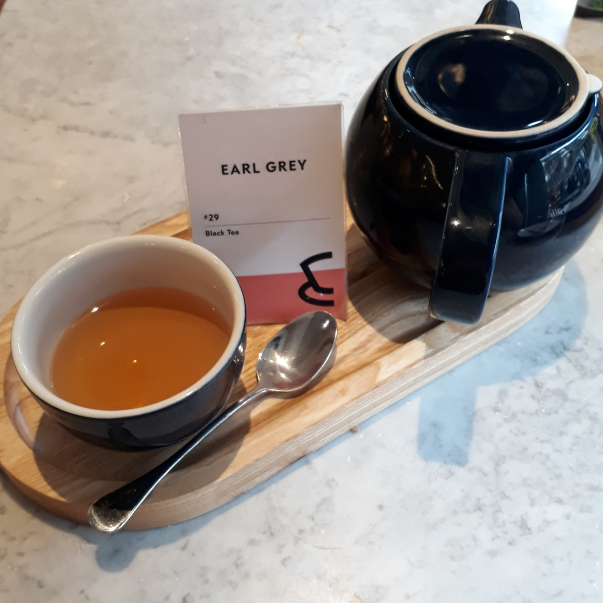 tea-in-a-cafetea-in-a-cafe