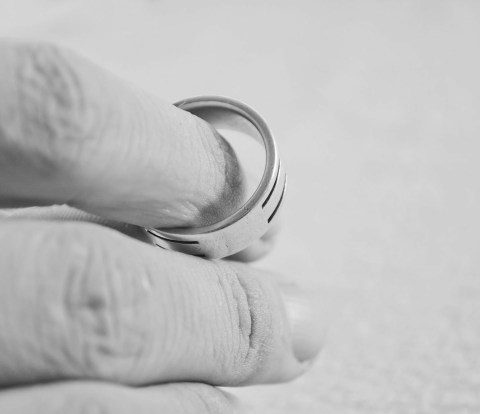 how to resolve problems in a marriage