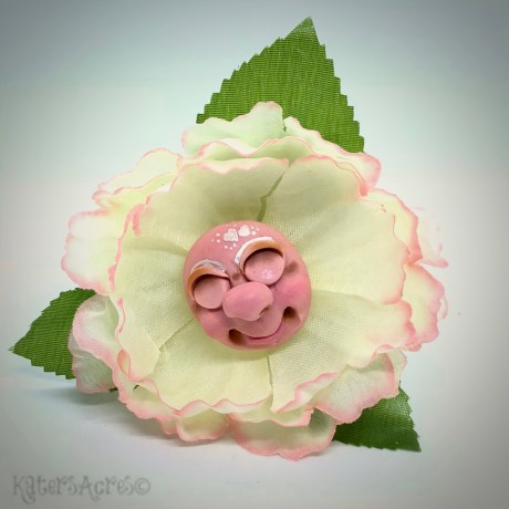 Faux Flower Sculpture Tutorial by KatersAcres