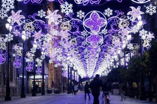 This year's lights on Avenida de la Constitución!