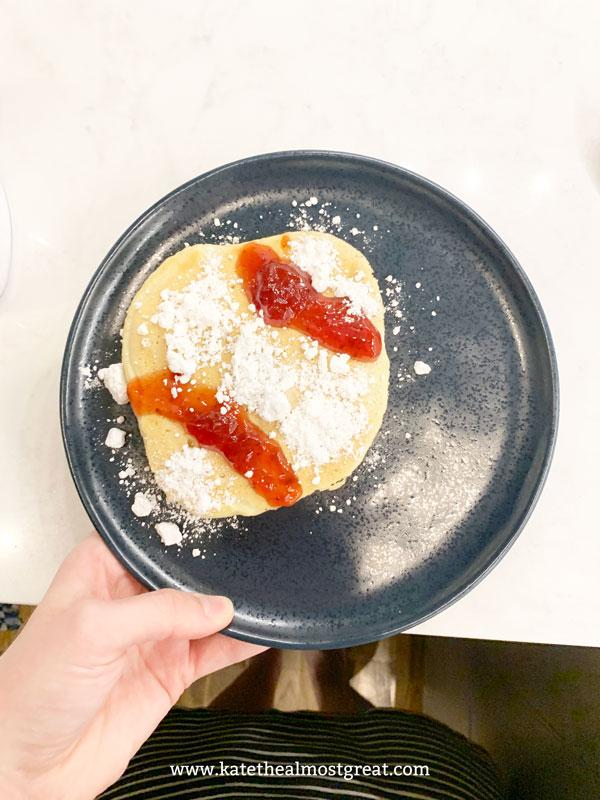 How to make pancakes, pancake recipe, pancakes, breakfast food, baseball pancakes, baseball recipe, baseball recipes