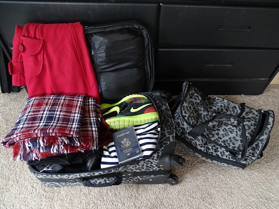 How To Pack for a Trip Across the Pond - www.kateyblaire.com